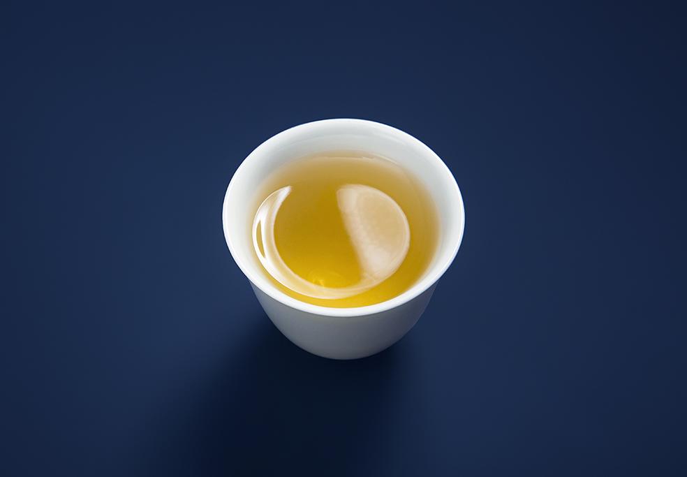 老白茶系列.2015年松压老白茶